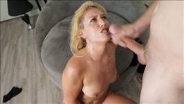 Blonde Moms Blow Best